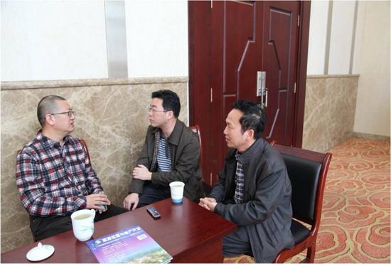 林峰院长与景区负责人交流