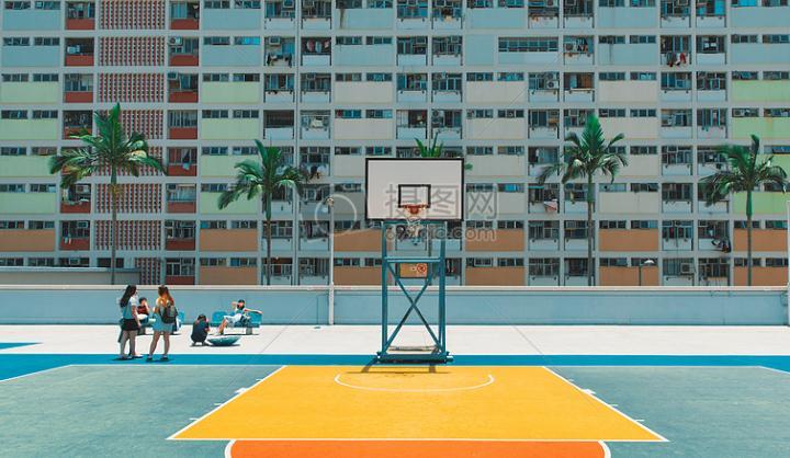 绿维研究 游憩设计  有趣的艺术互动景墙,也是各位手痒人士的最爱.